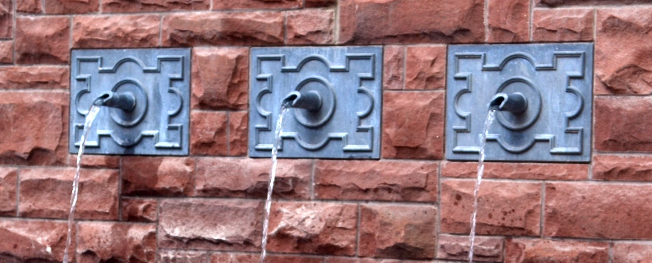 Sanford Spouts with Beaumont escutcheon w water